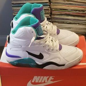 best sneakers d7753 d97fc Nike Shoes - Nike Air Force 180 Midtops Grape
